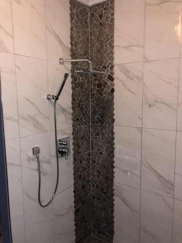 bathroom-tile-shower-tub-10